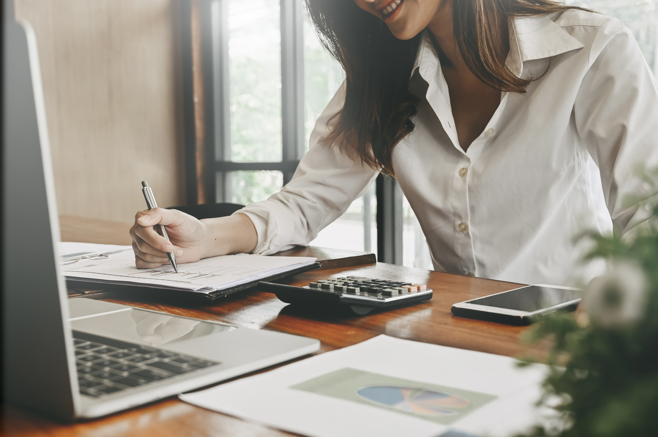 Interim Finance Consultant – Three Real-World Examples of the Benefits of Hiring One